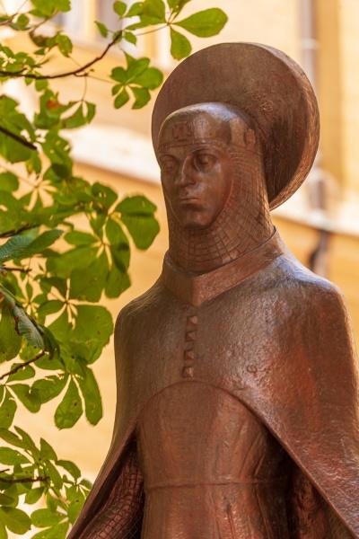 Statue near St Michael's Cathedral, Veszprem