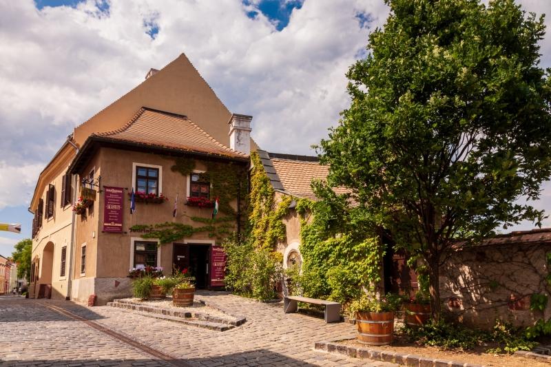 Entrance to the Castle District, Vezprem