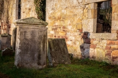 Clynekirkton churchyard