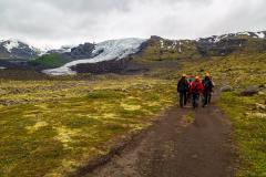 Hiking towards Falljökull