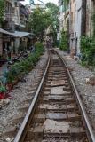 Le Duan Train Street