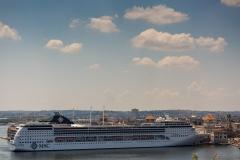 Cruise ship, Havana