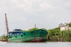Mekong barge