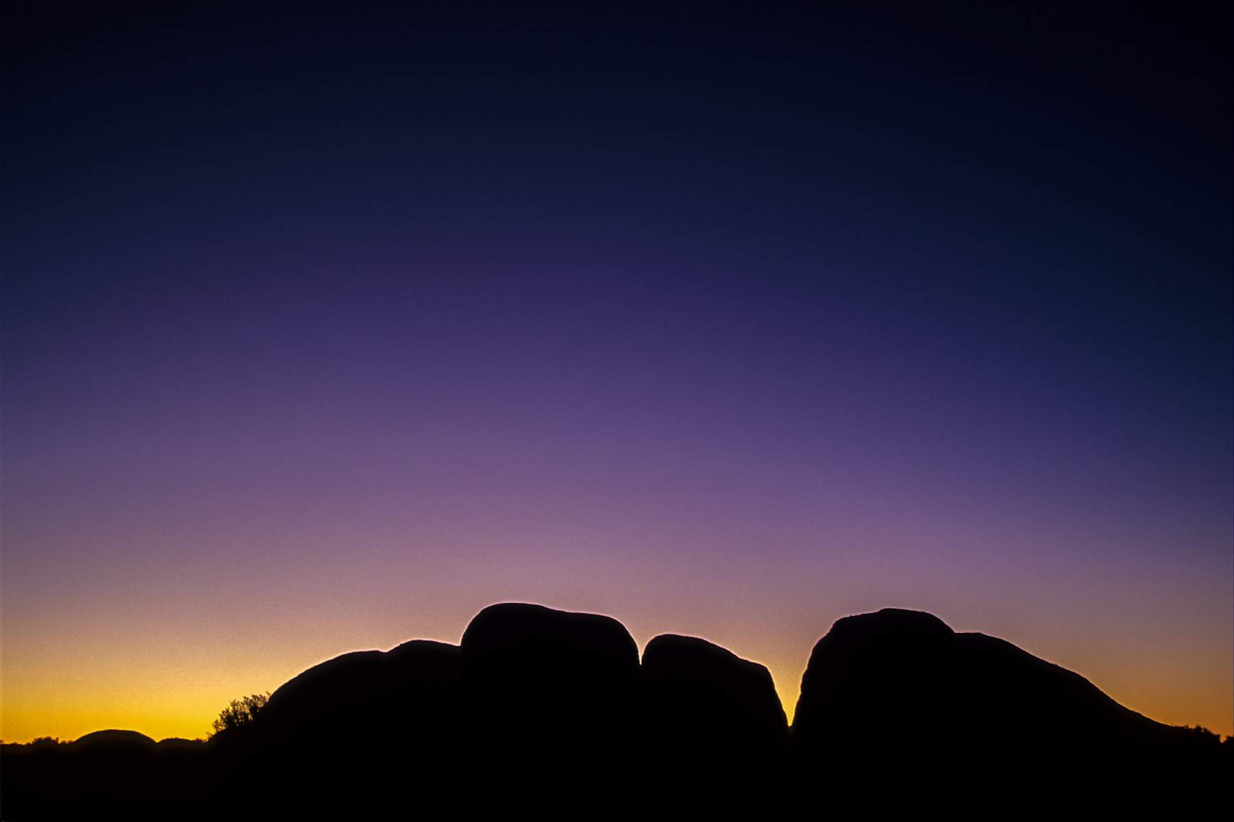 Sunrise over The Olgas, Uluru - Kata Tjuta National Park